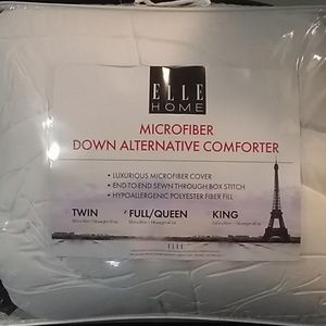 Elle home microfiber down alternativa comforter